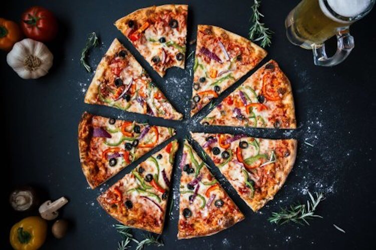 Featured image for post: The Best Beers and Wines to Pair with Green Mill Pizzas